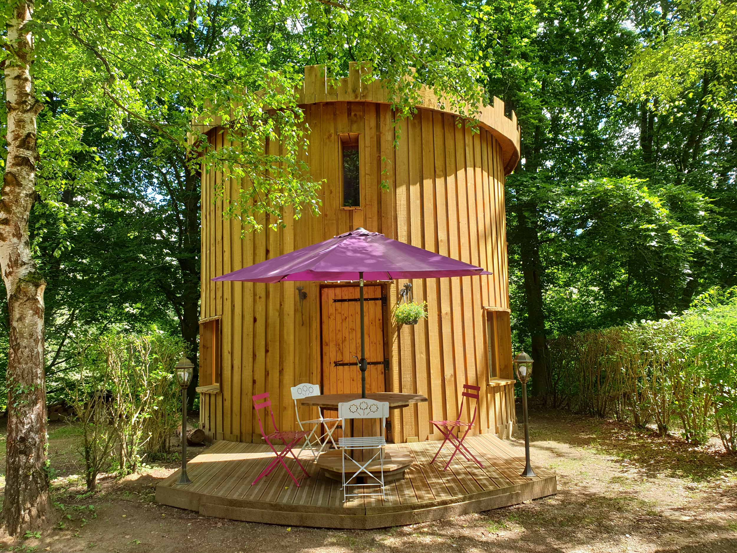 La Tour au camping de Pierrefonds