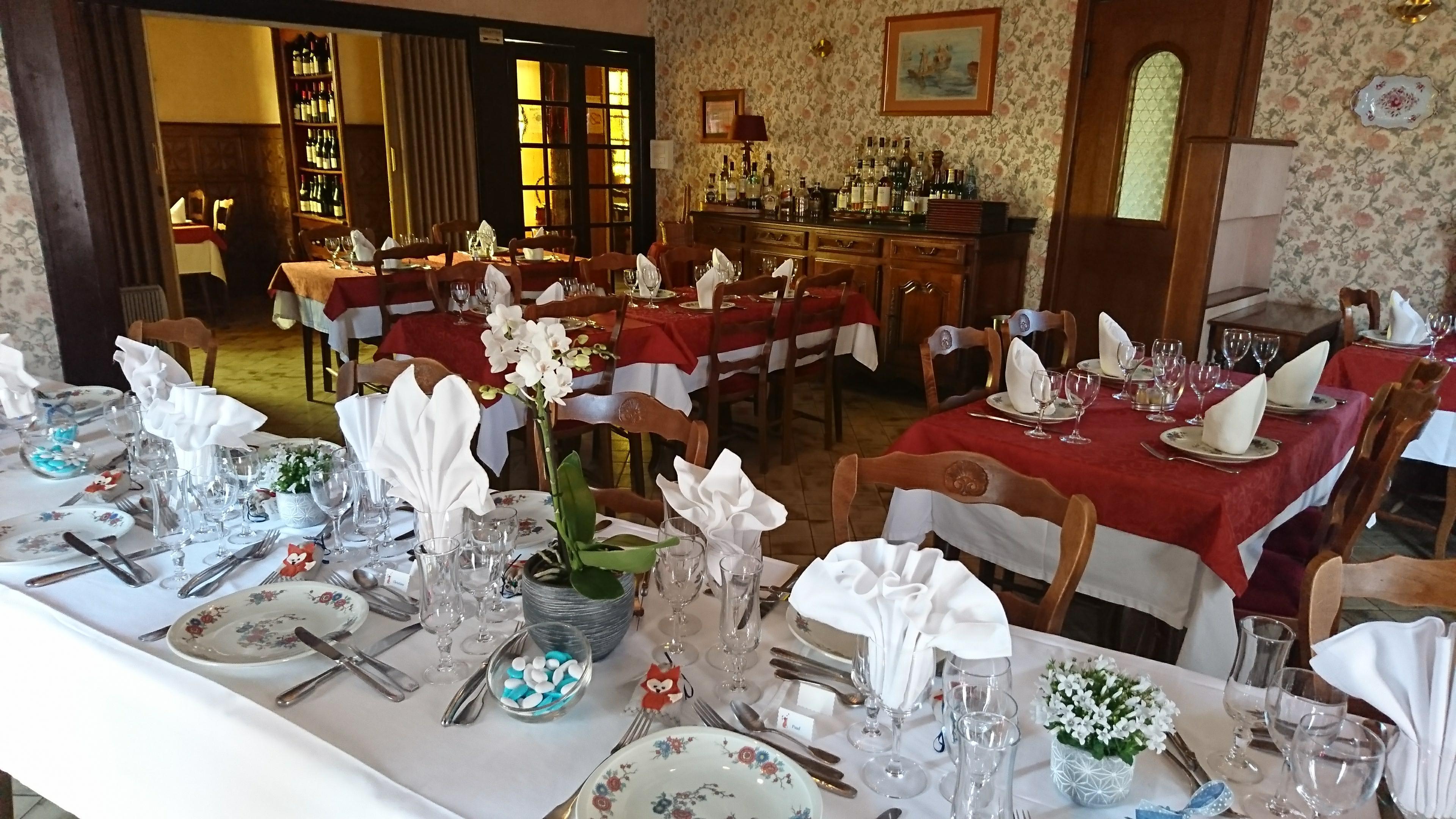 salle-restaurant-la-petite-france, crédit photo :